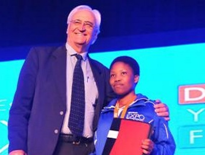 UP supports Eskom Expo for Young Scientists with bursaries